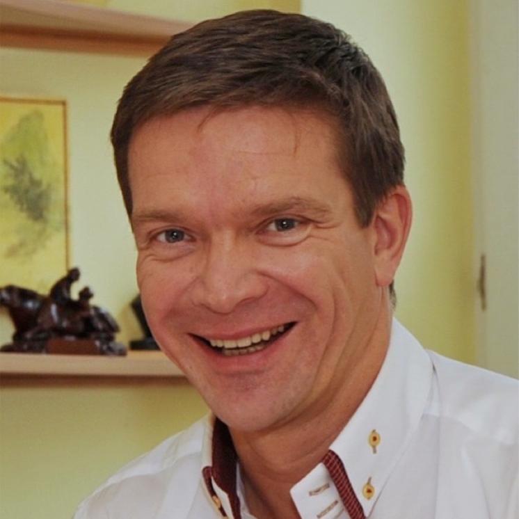 Prof. Dr. med. János Winkler
